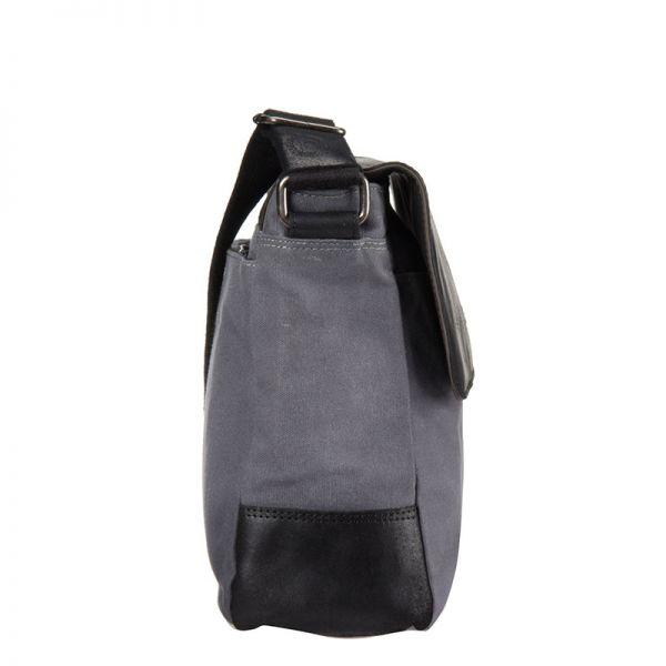 Кожена хоризонтална чанта Bugatti Urbano