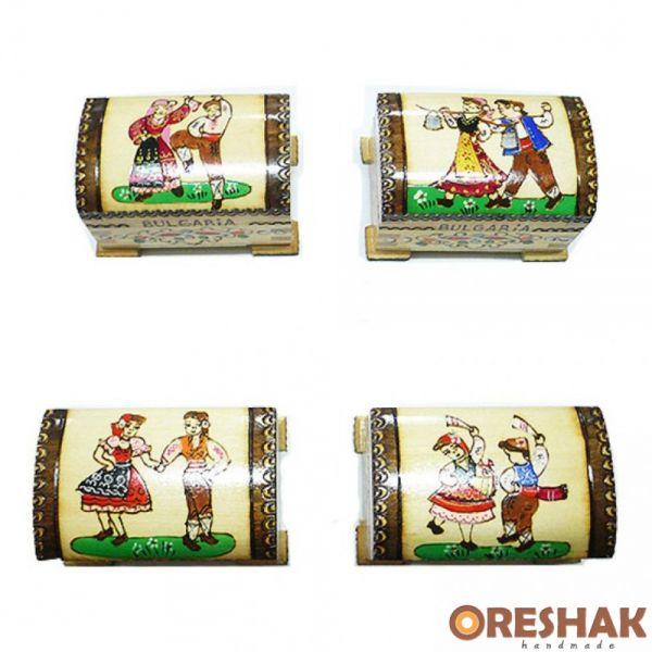 Малък скрин с български мотиви