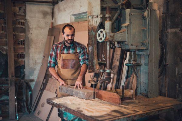 Ръчно изработена кожена престилка DiGeordie, кафява