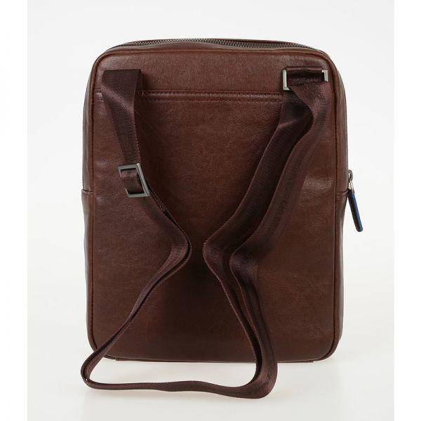Вертикална чантичка Piquadro с отделениез за iPad mini 2/iPad mini3