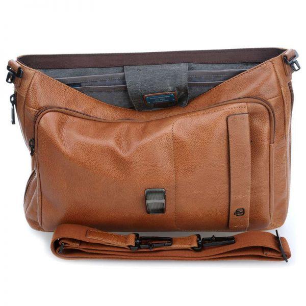Бизнес чанта Piquadro с едно отделение и разширение